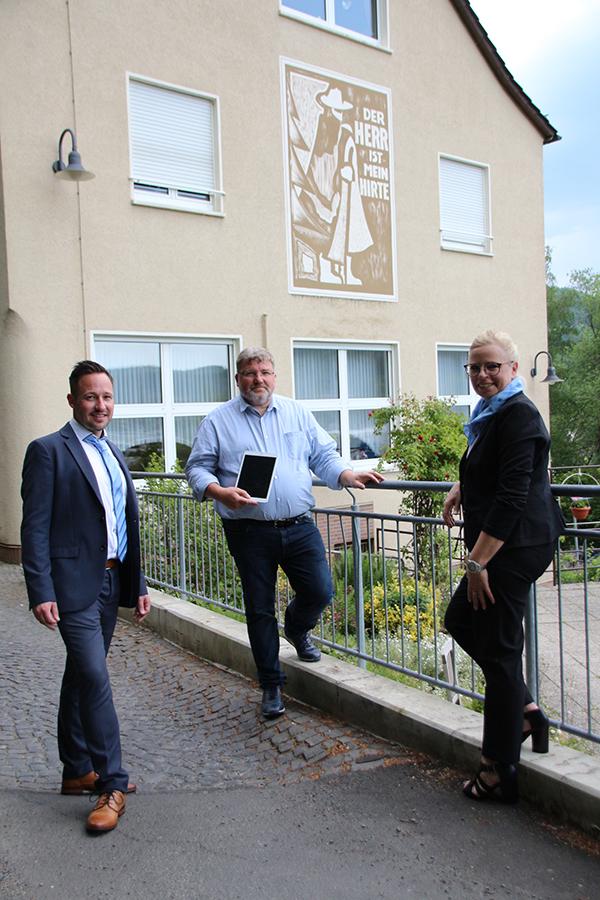 Alten- und Pflegeheim Tannhäuser in Biedenkopf, Übergabe an Herrn Uwe Schönfeld