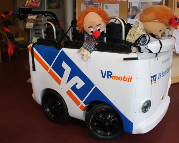 Übergabe VR-Mobil